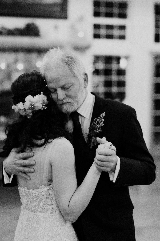 intimate-colorado-fall-wedding-95.jpg