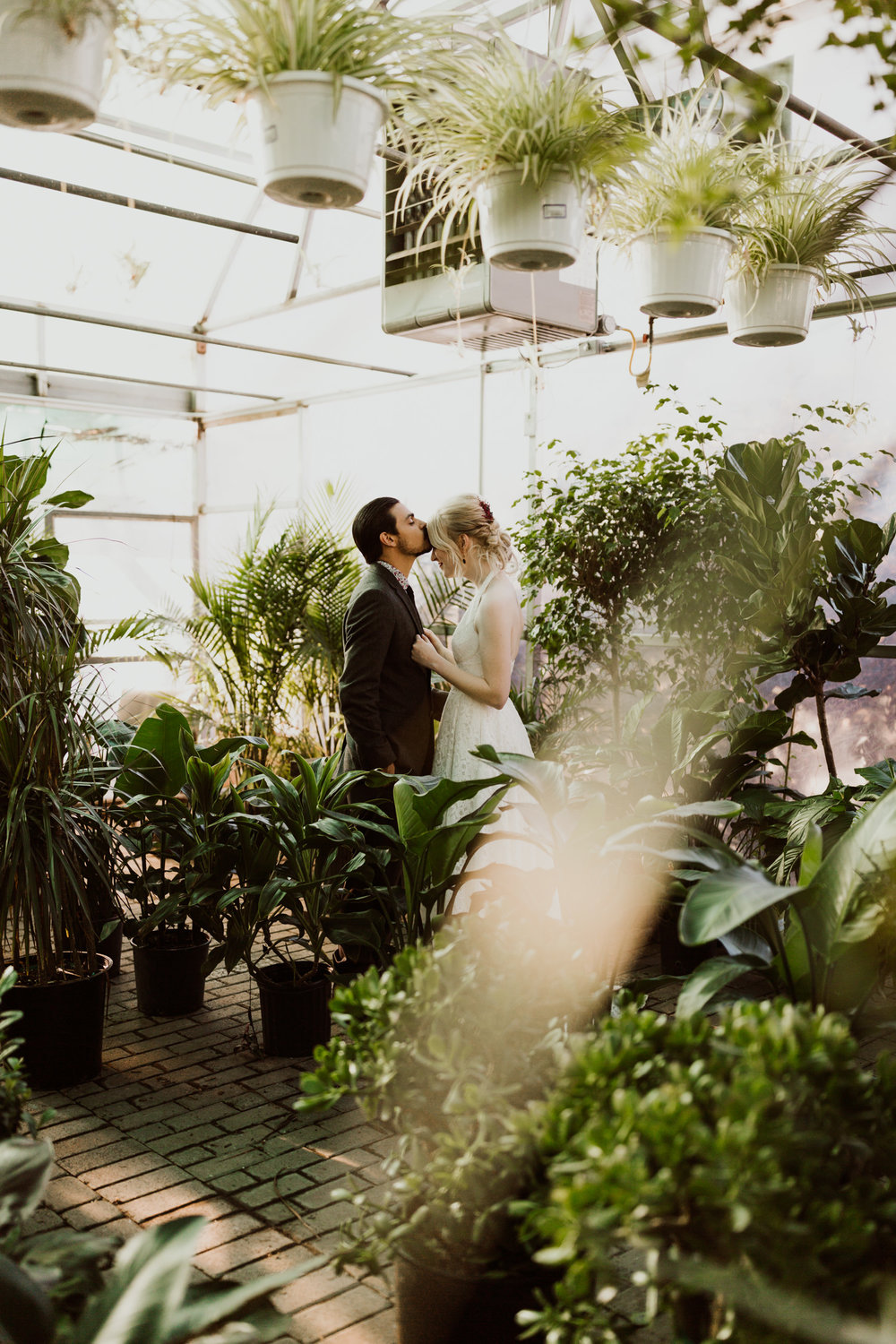intimate-plant-shop-wedding-11.jpg
