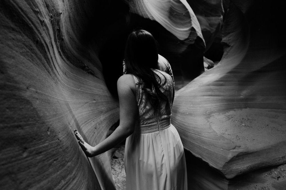 glen-canyon-arizona-adventure-engagements-31.jpg