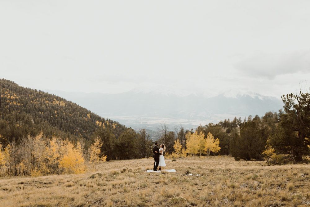 colorado-elopement-photographer-buena-vista-27.jpg