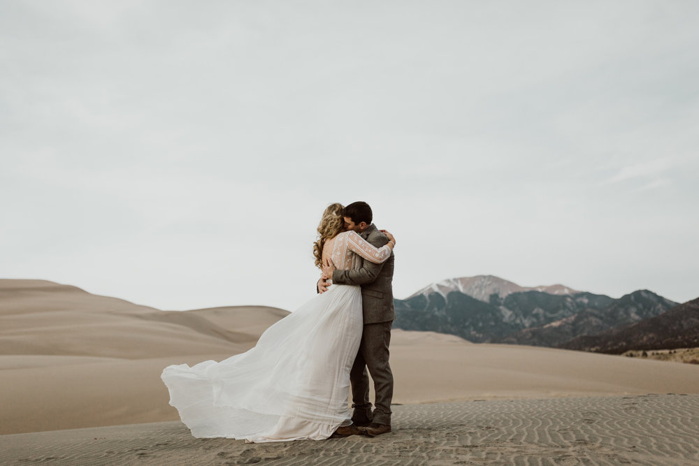 great-sand-dunes-national-park-elopement-10.jpg