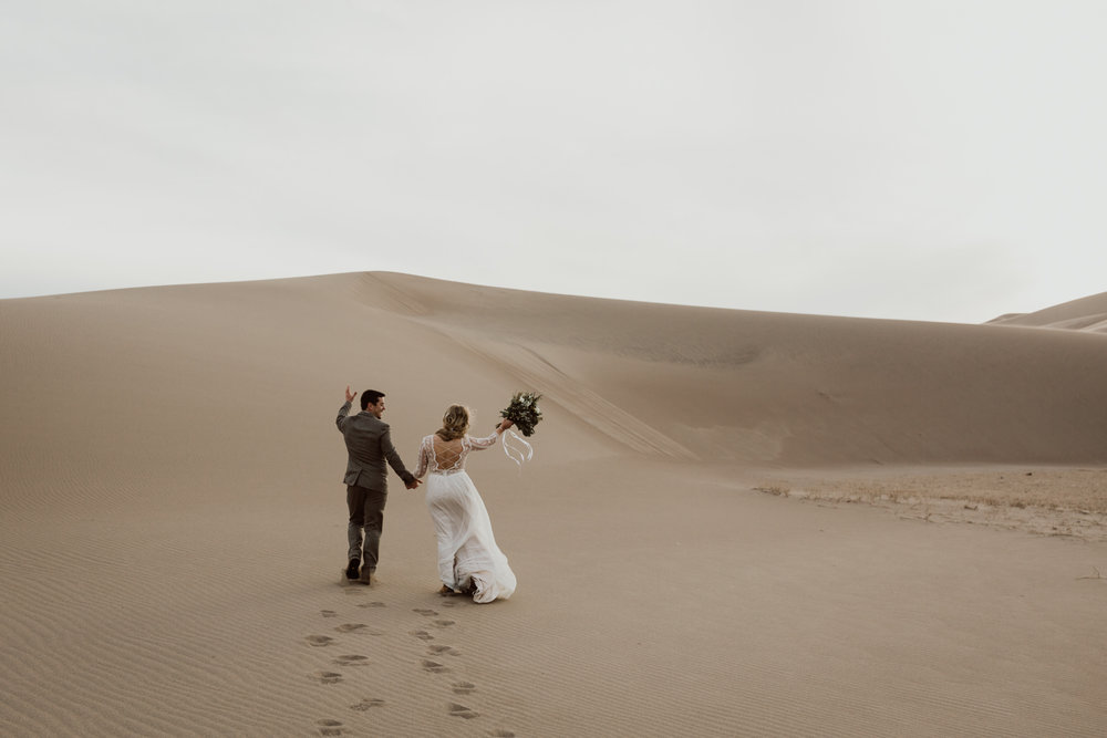 great-sand-dunes-national-park-elopement-17.jpg