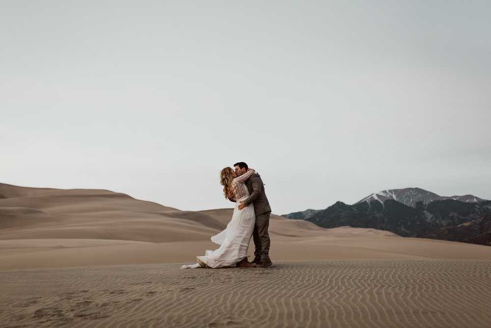 great-sand-dunes-national-park-elopement-26.jpg