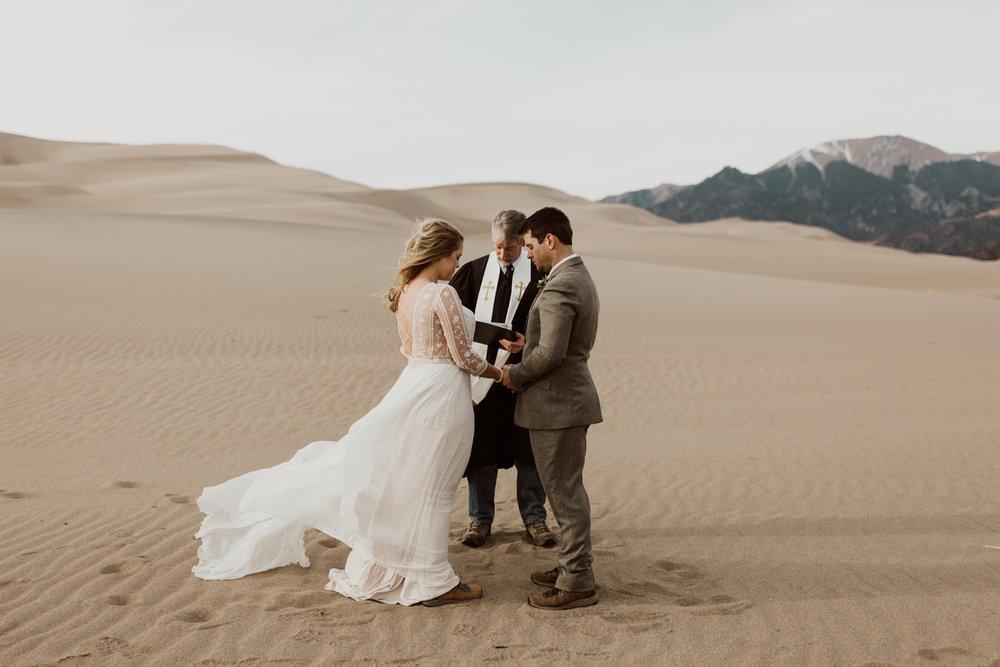 great-sand-dunes-elopement-53.jpg