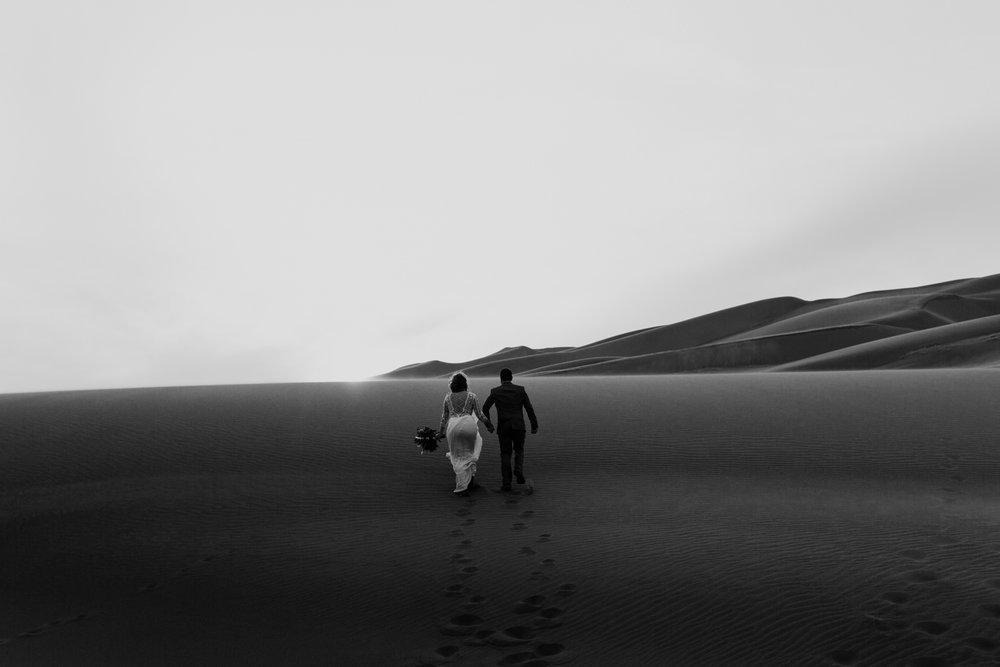 great-sand-dunes-elopement-82.jpg