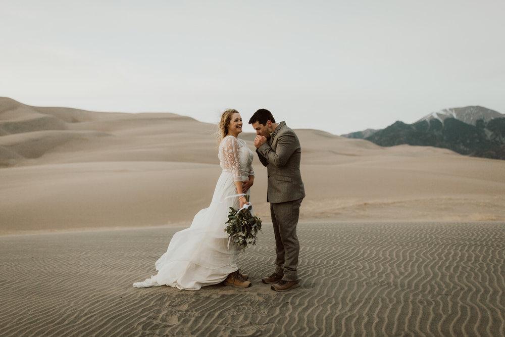 great-sand-dunes-elopement-101.jpg