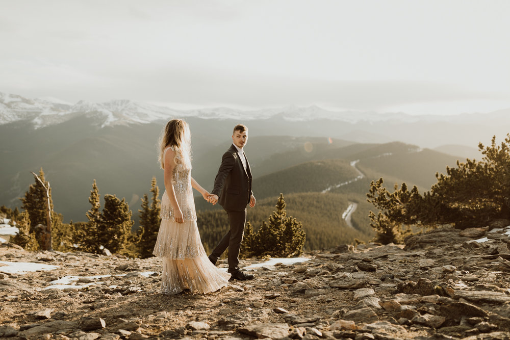 colorado-mountaintop-engagement-46.jpg