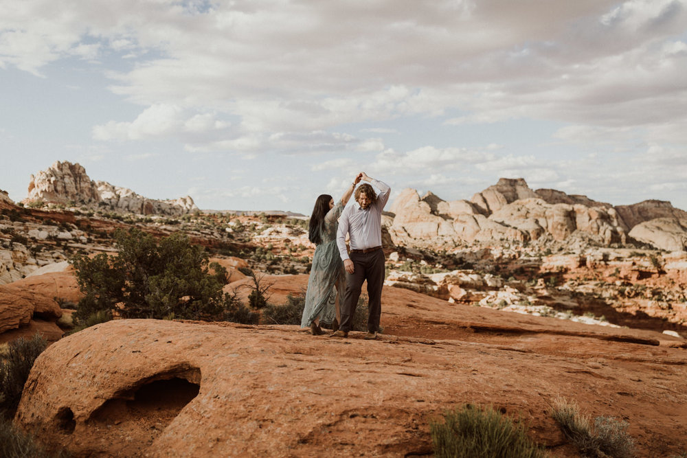 capitol-reef-national-park-engagements-8.jpg