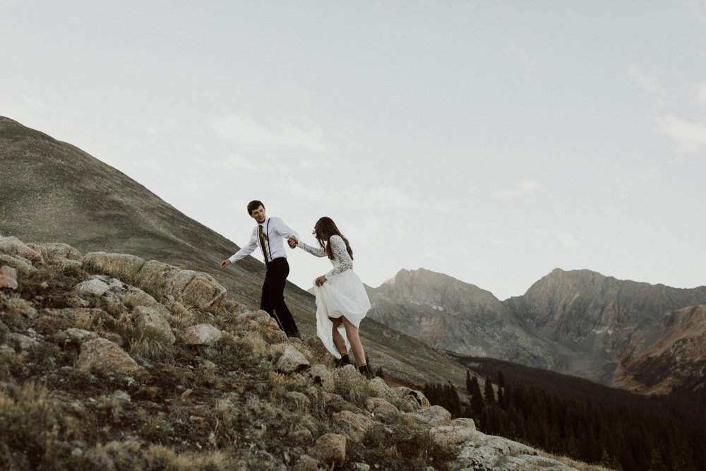 fourtneener-wedding-colorado-elopement-4.jpg
