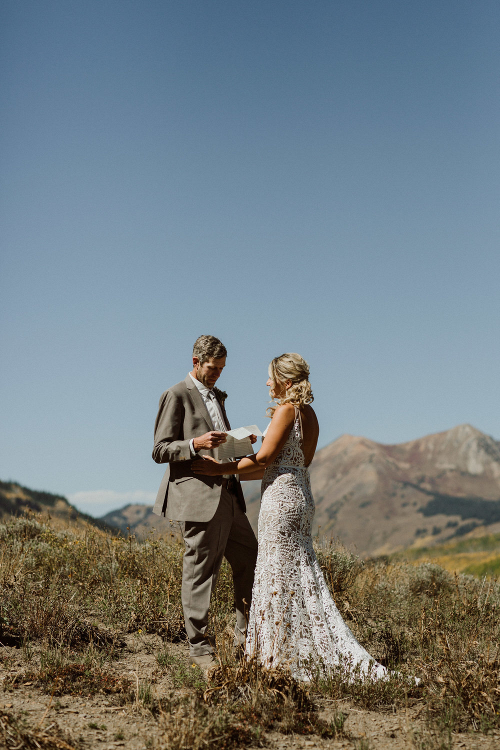intimate-crested-butte-wedding-7.jpg