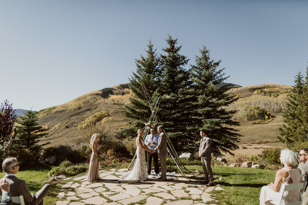 intimate-crested-butte-wedding-14.jpg