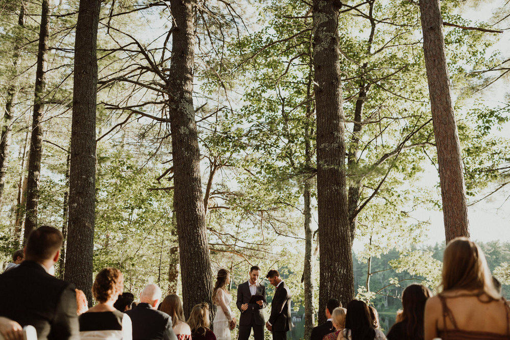 backyard-wedding-maine-wedding-photographer-32.jpg