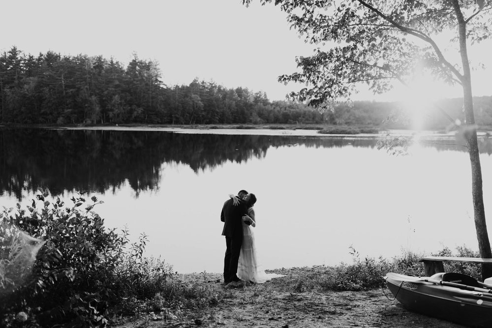 backyard-wedding-maine-wedding-photographer-51.jpg