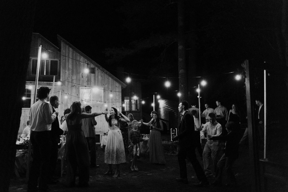 backyard-wedding-maine-wedding-photographer-77.jpg