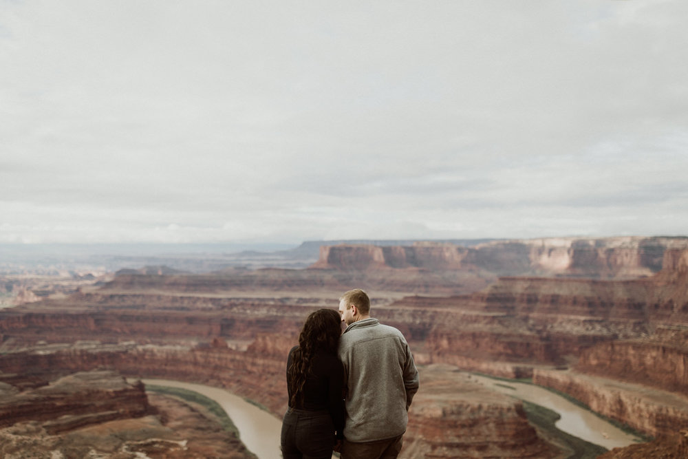 10_moab-utah-elopement-photographer-15.jpg