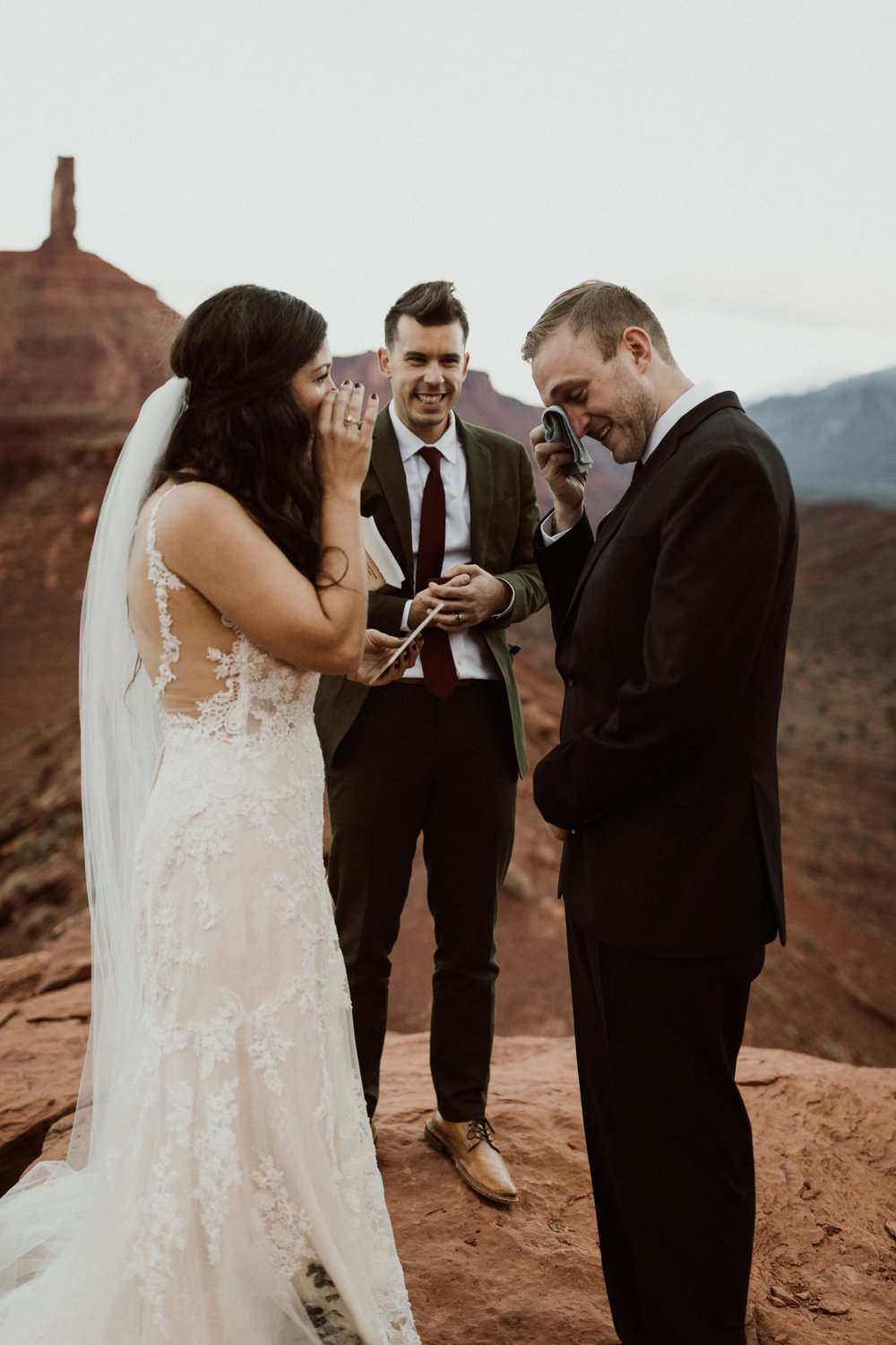 54_moab-utah-elopement-photographer-100.jpg
