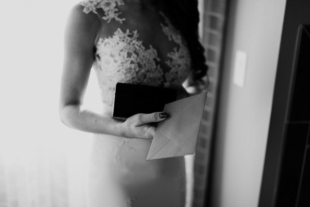 08_intimate-sedona-arizona-wedding-10.jpg