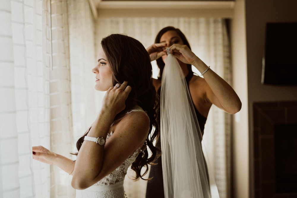 09_intimate-sedona-arizona-wedding-15.jpg