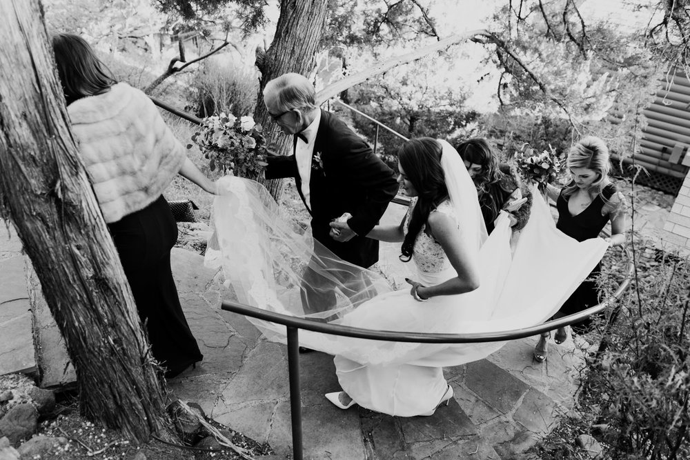 15_intimate-sedona-arizona-wedding-23.jpg
