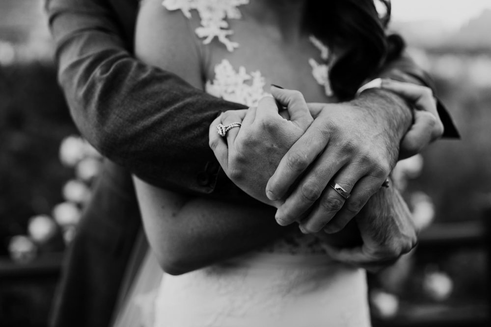 34_intimate-sedona-arizona-wedding-50.jpg