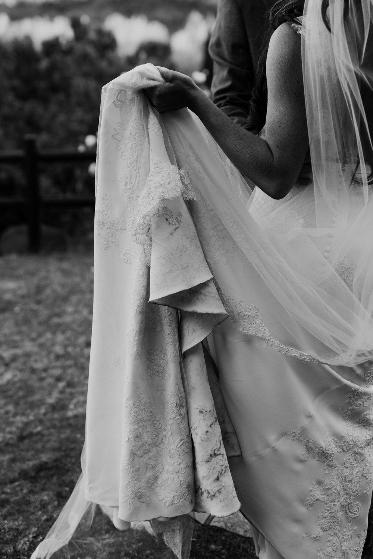 33_intimate-sedona-arizona-wedding-48.jpg