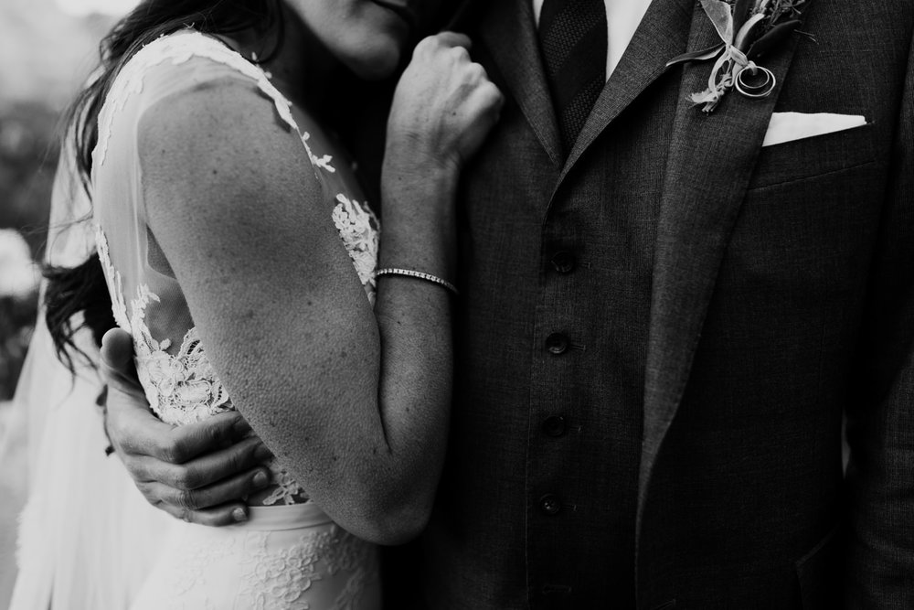 36_intimate-sedona-arizona-wedding-53.jpg