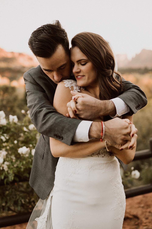 35_intimate-sedona-arizona-wedding-51.jpg