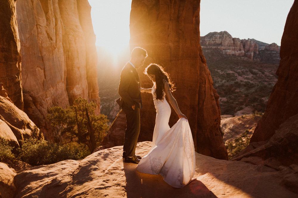 68_intimate-sedona-arizona-wedding-94.jpg