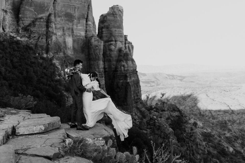 76_intimate-sedona-arizona-wedding-105.jpg