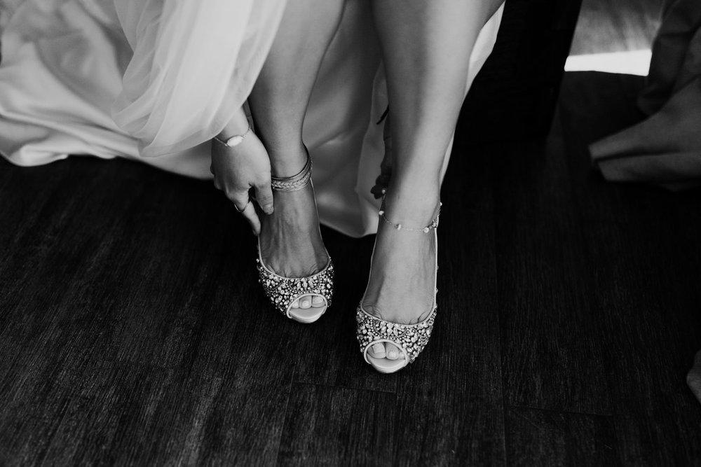 cedarandpines-kasey-erich-wedding-12.jpg