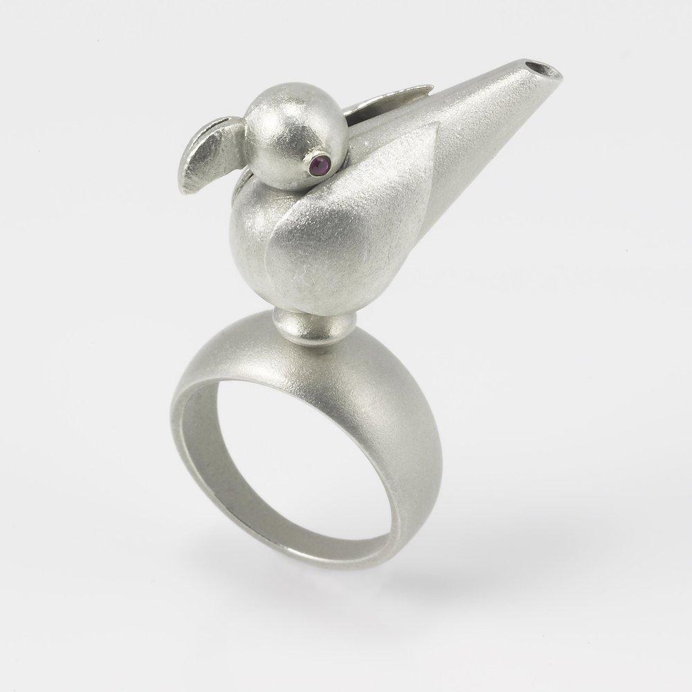 Finalist - Silver/Argentium™ Silver  Janice Grzyb  New York, NY, USA