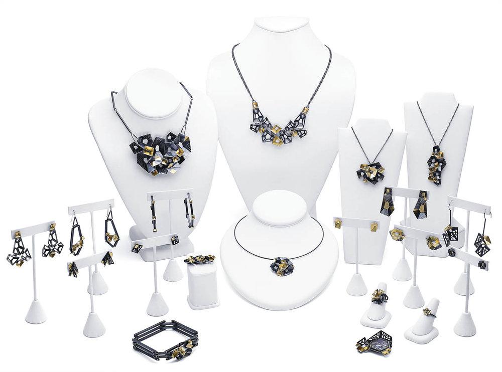 2018-BOS-Collection-Fashion-Sohpia-Hue-1.jpg