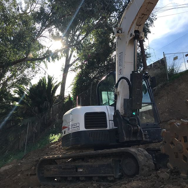 8 weeks in, and we're almost done terraforming. #mud&dirt #heavymachinery #bobcat #newproject #bowerycanyon #boweryproject #canyonhome #construction #MAS #MASmodern #ModernArchitectureServices #realestate #sandiego #sandiegoarchitecture #sandiegorealestate #modernarchitecture #modernarchitect #architects #aia #sdaia #architecturemagazine #sandiegoarchitects #architecture #architecturephoto #architecturalphotography #architecturelovers