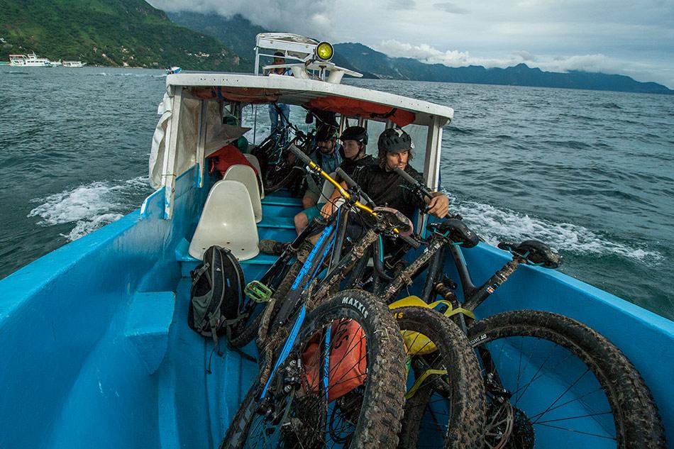 atitlan-boat-IMG_8973.jpg