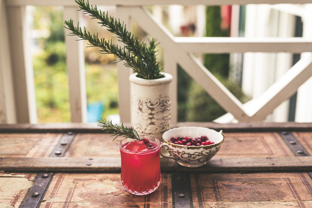 holiday gin cocktail3.jpg