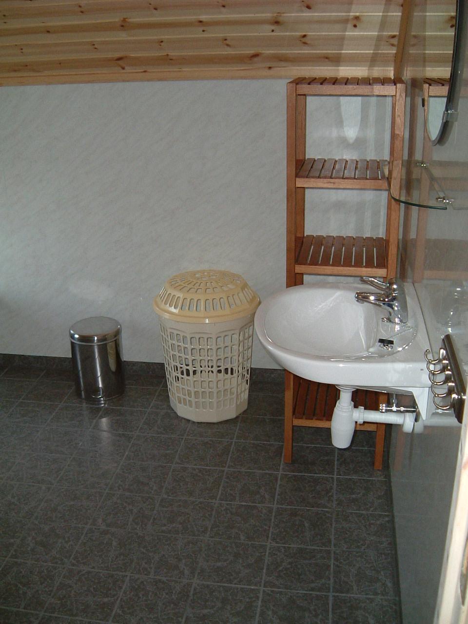 Badezimmer im ersten Stock