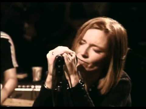 Beth Gibbons Swoons as only she can
