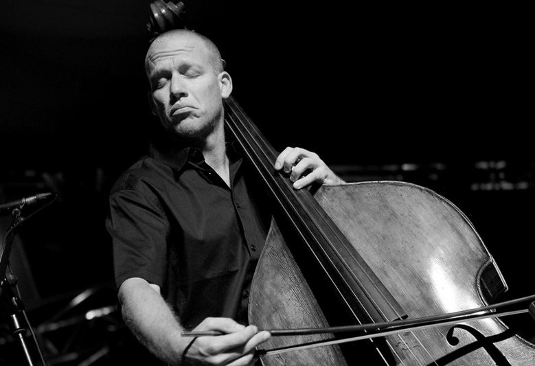 Avishai Cohen - Ya feel it... I know you do