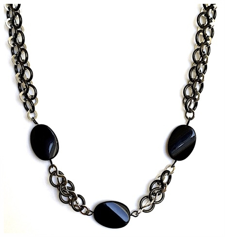 Crazy Eight Ebony Necklace.jpg