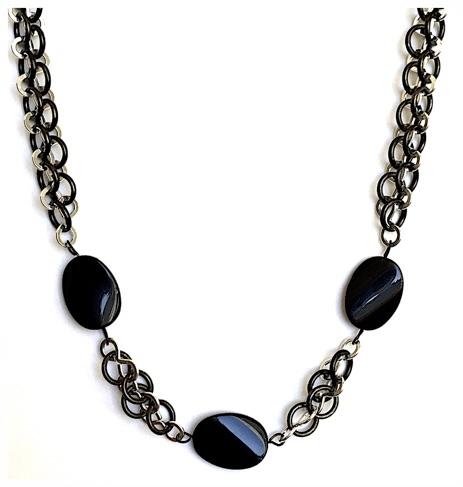 Crazy Eight Ebony Necklace.jpg