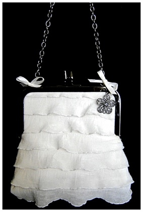RUFFLED PURSE.jpg