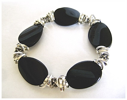 Five Jet Twist Stretchy Bracelet.jpg