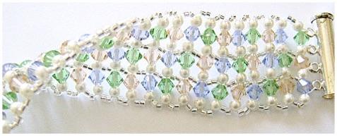 Sweet Addictive Woven Crystal Bracelet.jpg