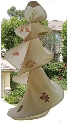 Twirling Leaves Hanger.jpg