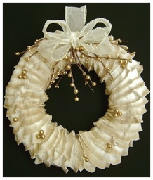 Ruffled Christmas Wreath.jpg