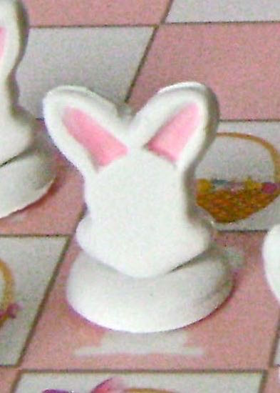 step 12 - Use a pink marker to color the inside of all the pink and white ears.
