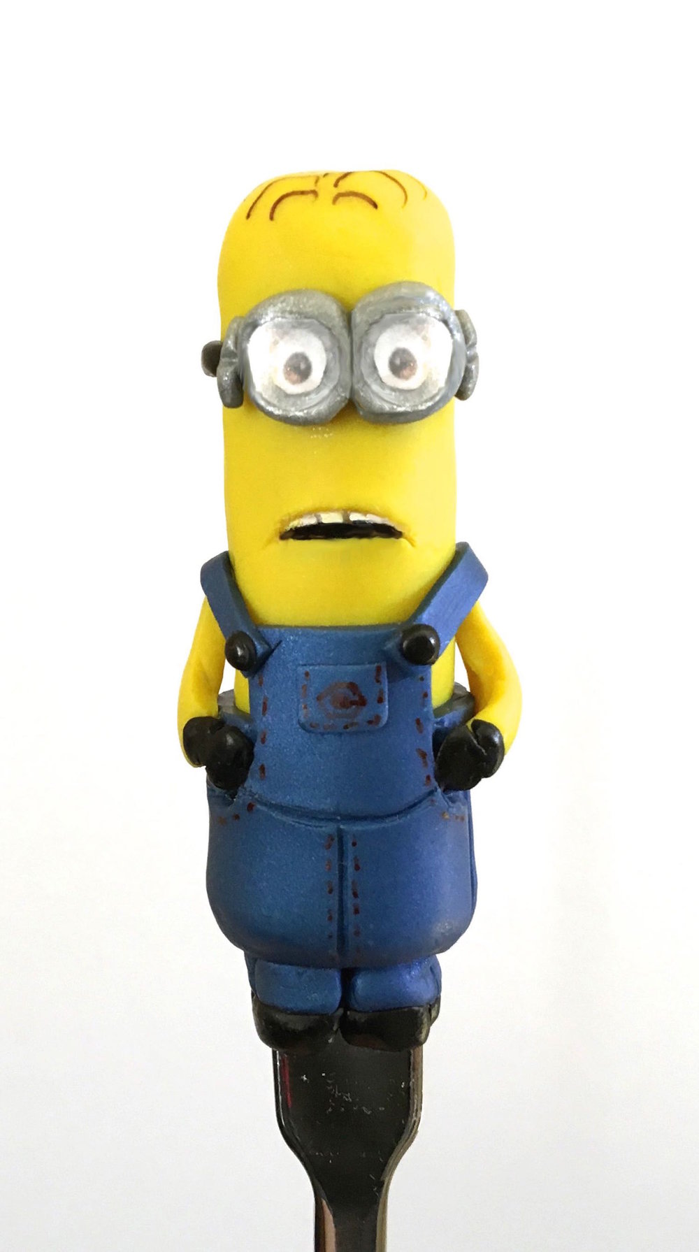 minion measures 3""