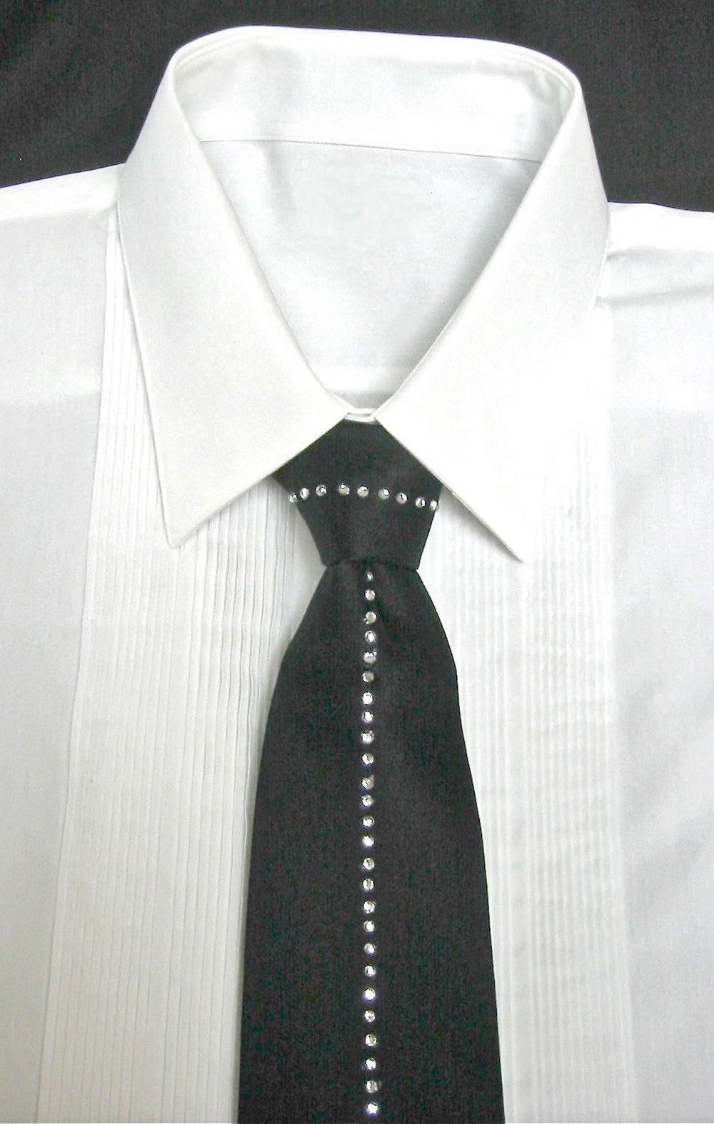 rhinestone tie.jpg