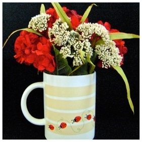 lady bug floral arrangement.png