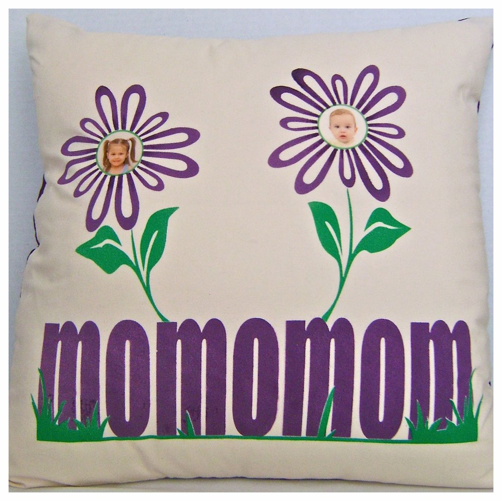 moms day throw pillow.jpg